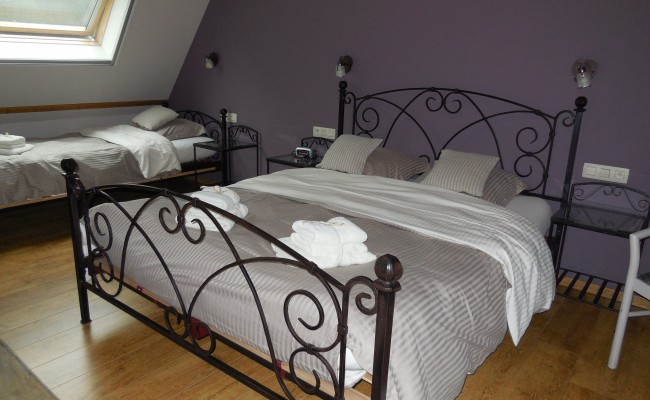 Kasteelhuis slaapkamer I 3