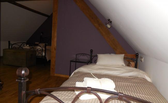 Kasteelhuis slaapkamer II